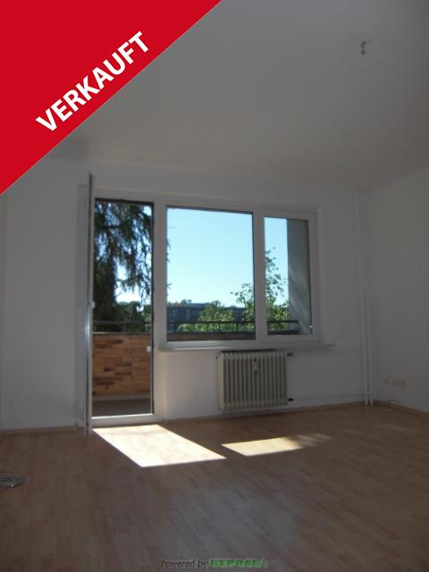 Bezugsfrei : 1-Zimmer-Apartment mit Süd-Ost-Balkon unweit Treptower Park!