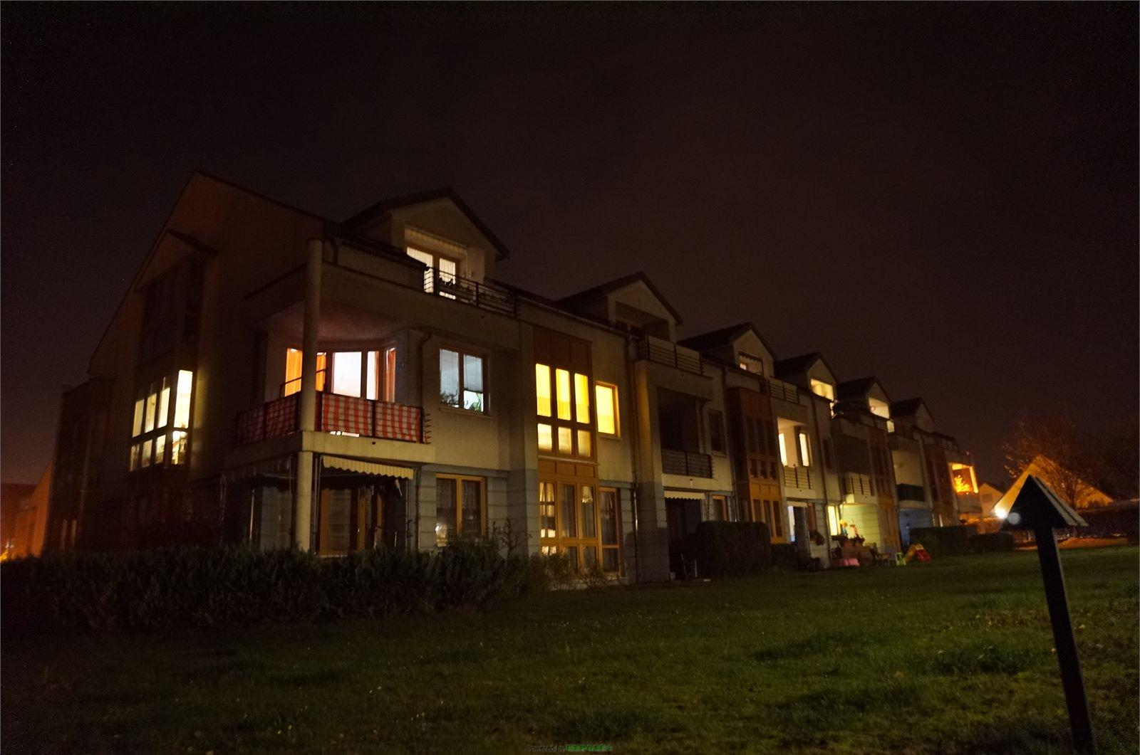 KAPITALANLAGE: vermietetes 4-Zimmer-Apartment mit KFZ-Stellplatz