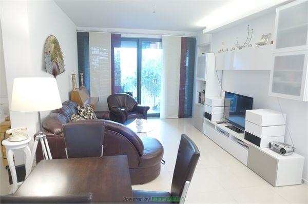 Modernes und schönes 3-Zimmer Apartment in Friedrichshain