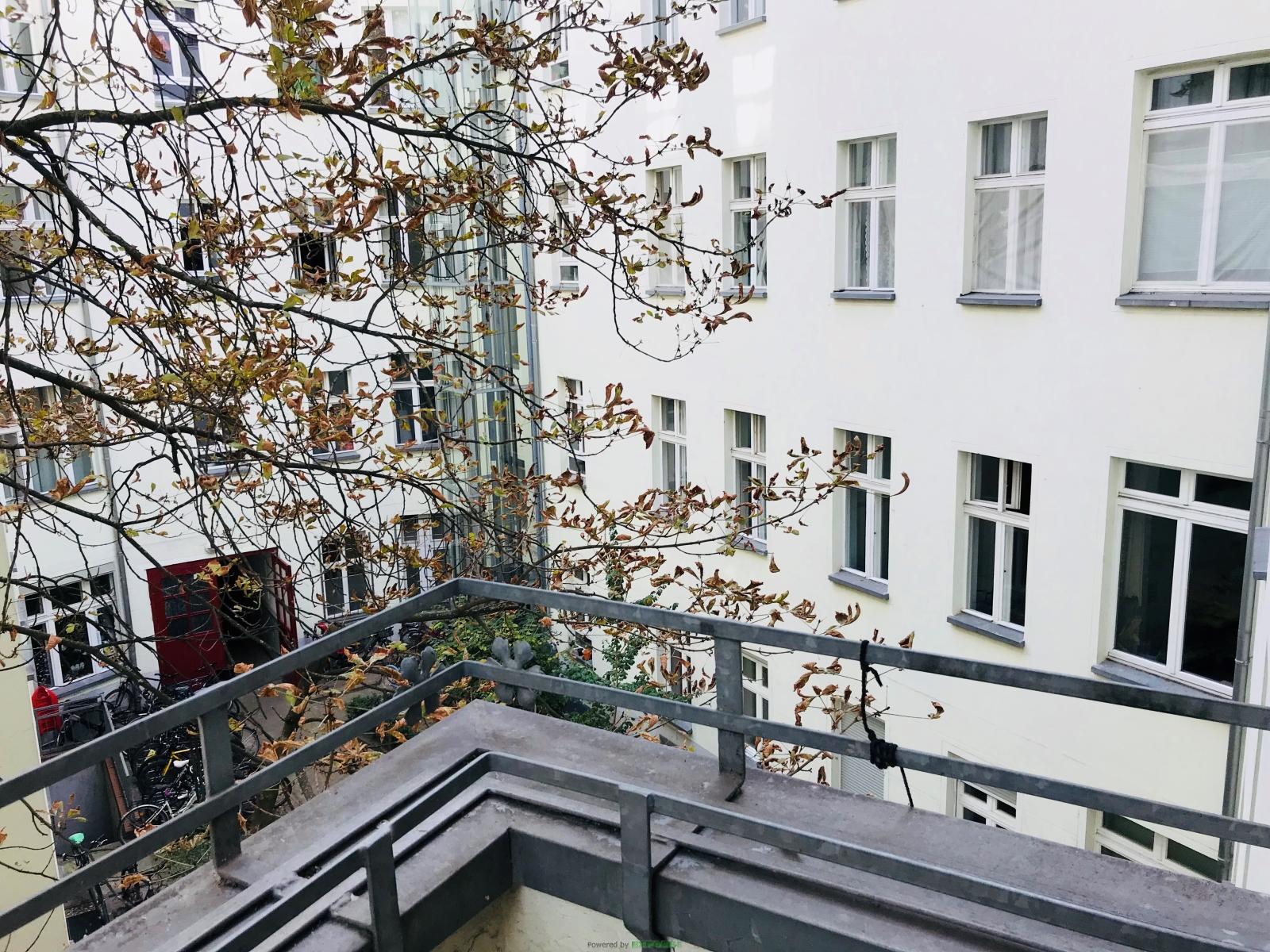 Süßes Apartment mit Balkon direkt in Friedrichshain