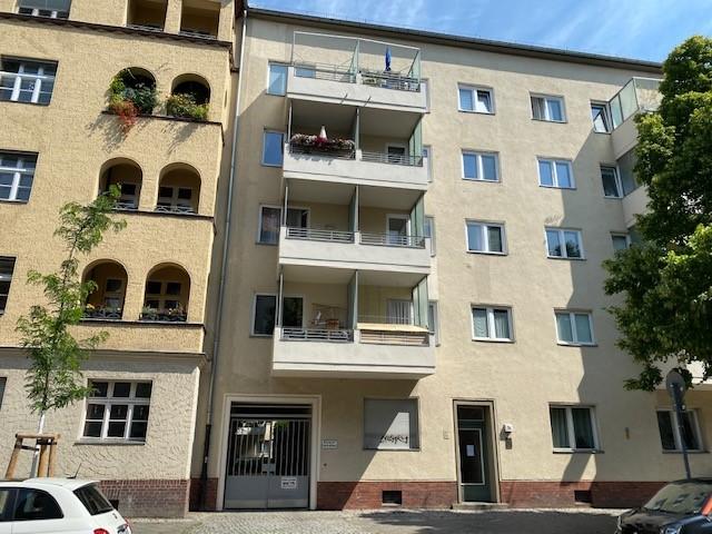 BEZUGSFREI eine 2- Zimmer Wohnung in Charlottenburg in der Nähe des Schlossplatzes